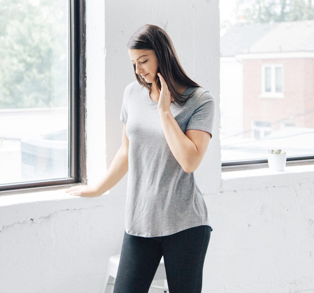 Minimalist Shirt for the Everyday Traveler. Ethically made with sustainable and eco friendly materials.
