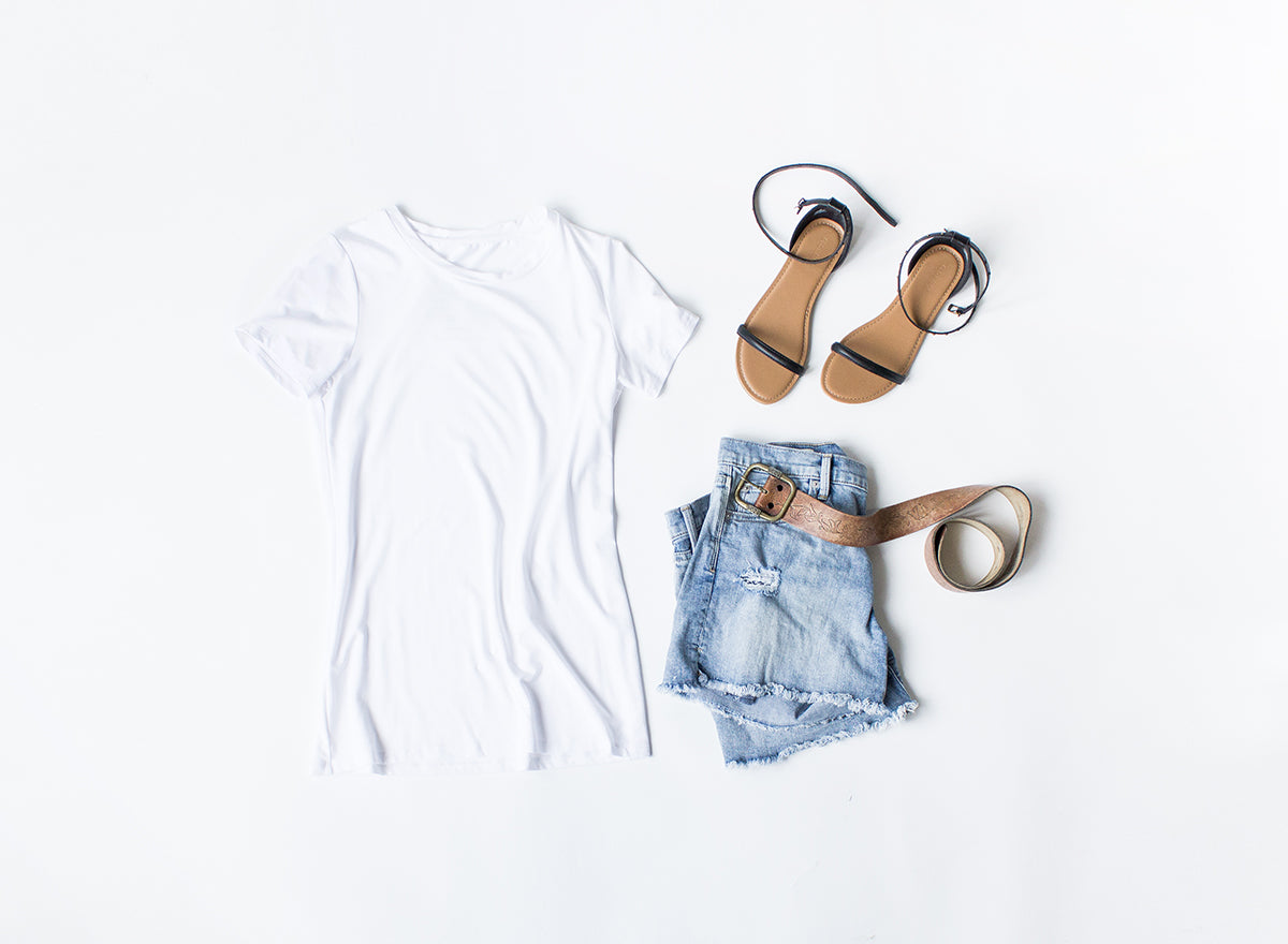 Styling a Basic White T-Shirt. Encircled creates versatile minimalist clothes with the everyday traveler in mind. Each piece is ethically made, out of sustainable and eco friendly materials.