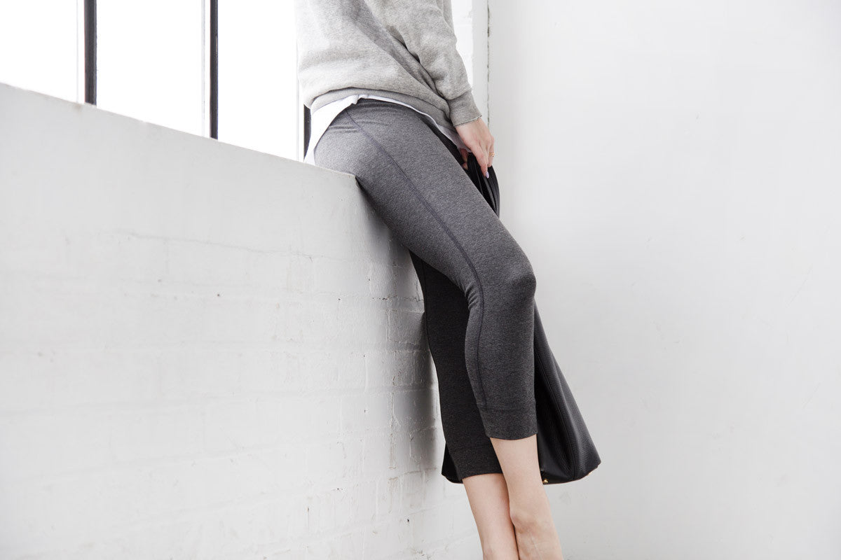 Minimalist legging for the Everyday Traveler. Ethically made with sustainable and eco friendly materials.