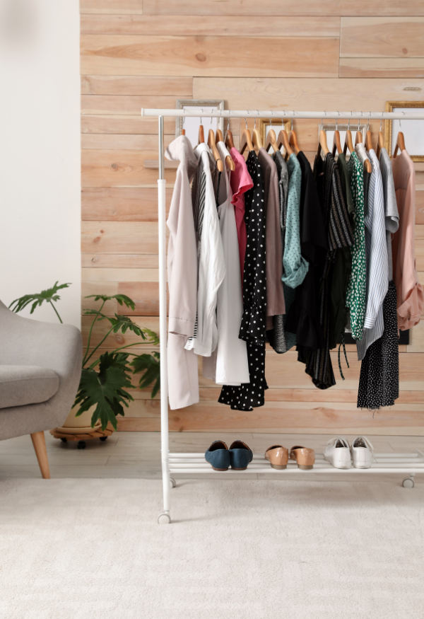 Streamline Your Wardrobe. Simplify Your Life.
