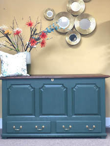 Vintage blanket chest painted in custom Fusion green - Home Revival - Fusion Mineral Paint UK