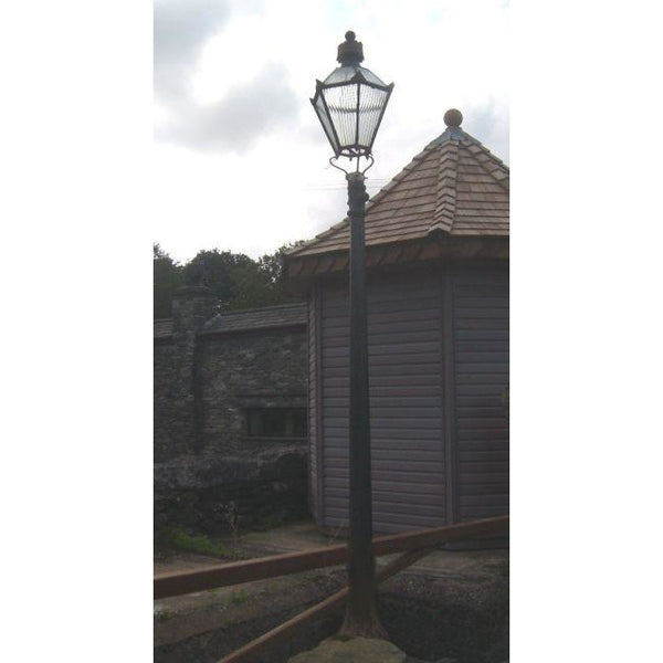 Original lampost with top