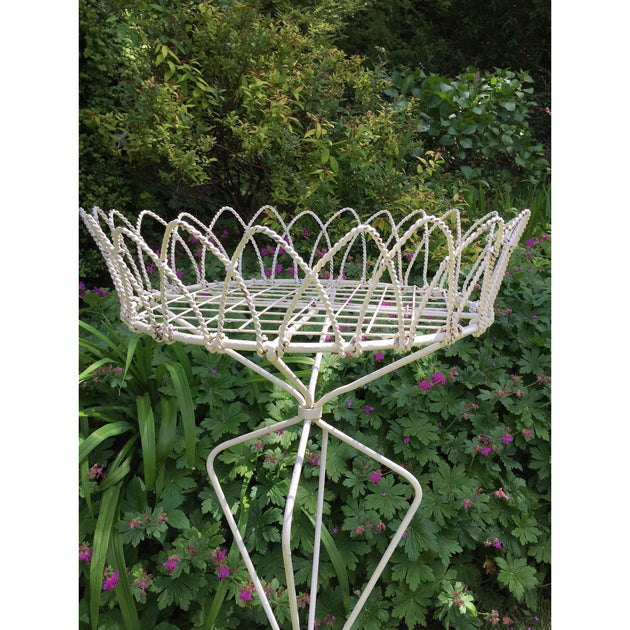 Wire work plant stand