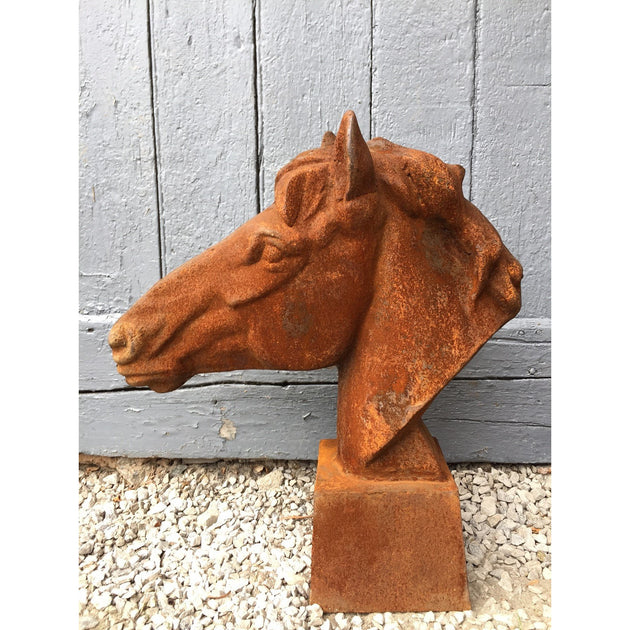 horse sculpture in cast iron, garden decoration and gate top ideas