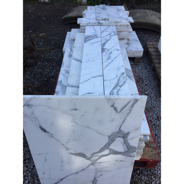 Large quantity reclaimed marble floor and wall tiles: statuario marble