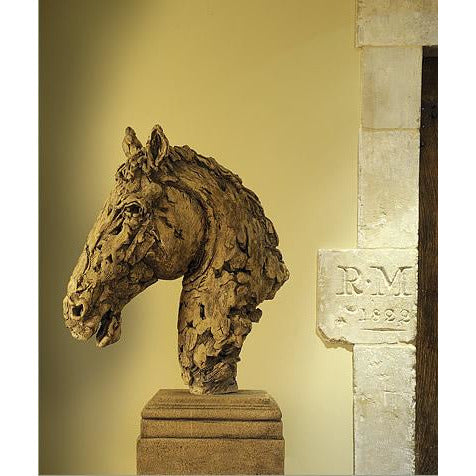 horses head sculpture
