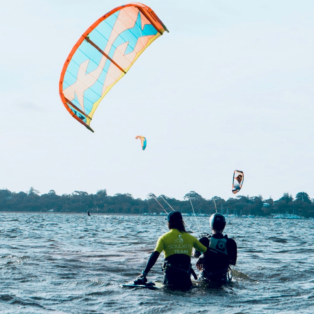 LESSON 1 - KITEBOARDING DISCOVERY (2HOUR)