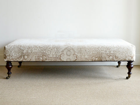 Deux Antique Rug Bench