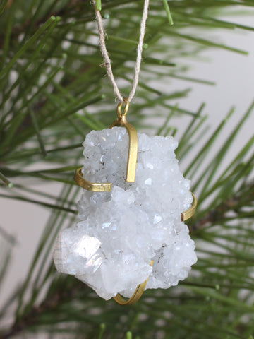 Cage Quartz Ornament
