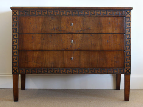 Ducale Chest