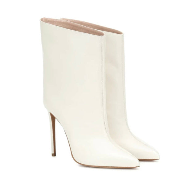 Snow White Low Calf Boots