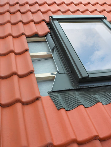 FAKRO EHW-A MOE Flashing For up to 90mm Profiled Tiles - All Sizes - Fakro Roofing