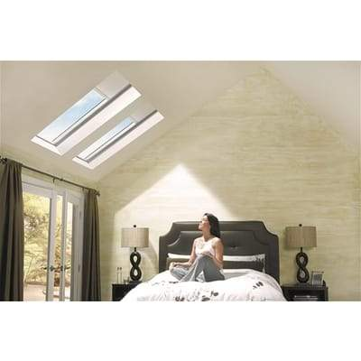 Image of VELUX GGL CK06 2070 White Painted Laminated Centre Pivot Roof Window 55x118cm