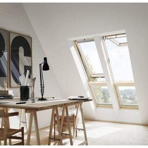 VELUX GGL CK02 2070 White Painted Laminated Centre Pivot Roof Window 55x78cm