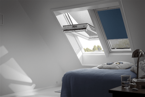 Image of VELUX GGU MK04 0070 White Laminated Centre Pivot Roof Window 78x98cm - Velux Roofing