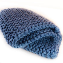 Load image into Gallery viewer, Handknit Super Chunky People Snood - Blue