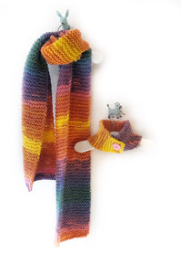 Cosy Handknit People Scarf - Bubble Gum