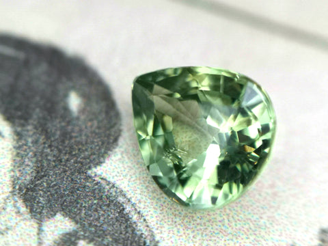 Pear Shape Green Sapphire Natural Color Gemstone Jewelry Custom Made in Monteal Ruby Mardi Jewelry Gallery