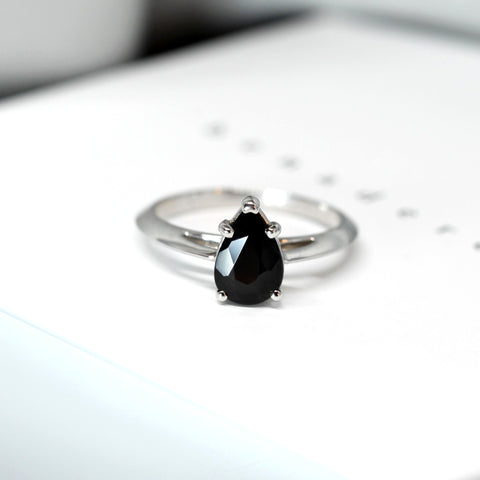 Pear Cut Black Spinel