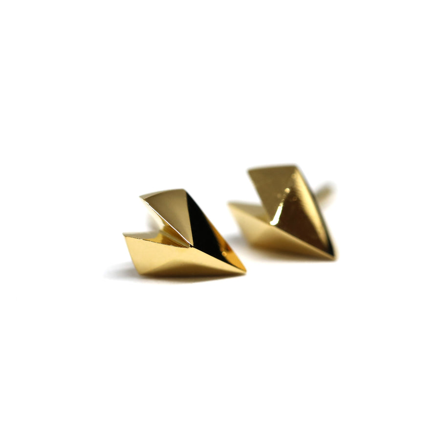 Front view of vermeil gold stud earrings minimalist heart shape studs silver gold plated custom made in montreal fine jewelry designer little italy montreal made in canada Edgy Collection earrings studs