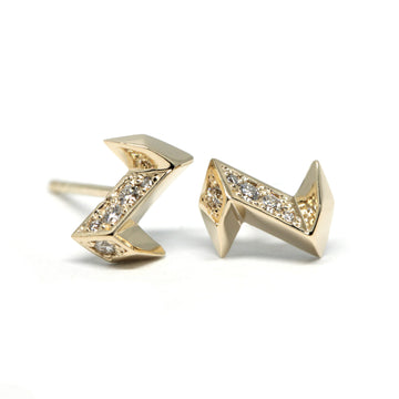 Yellow Gold Arrow Shape Stud Earrings Made in Montreal Bena Jewelry