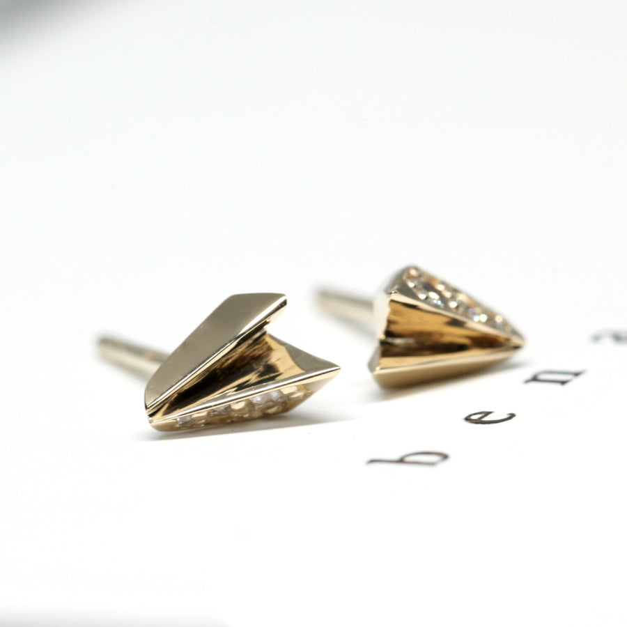 Side view Fancy Edgy Collection Fine Jewelry Montreal Yellow Gold and Diamond Stud Earrings Bena Jewelry Montreal Designer