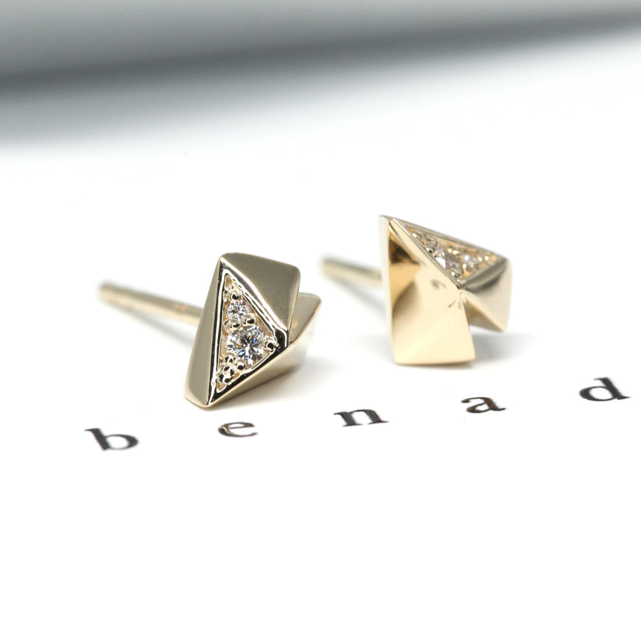 Made in Montreal Yellow Gold Stud Earrings with White Round Diamonds Bena Jewelry Made in Montreal Canada