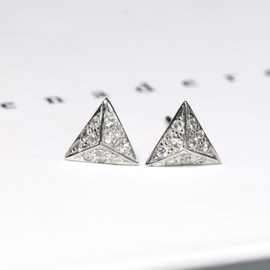 Diamond Pyramidal White Gold Earrings - 0.16 ct