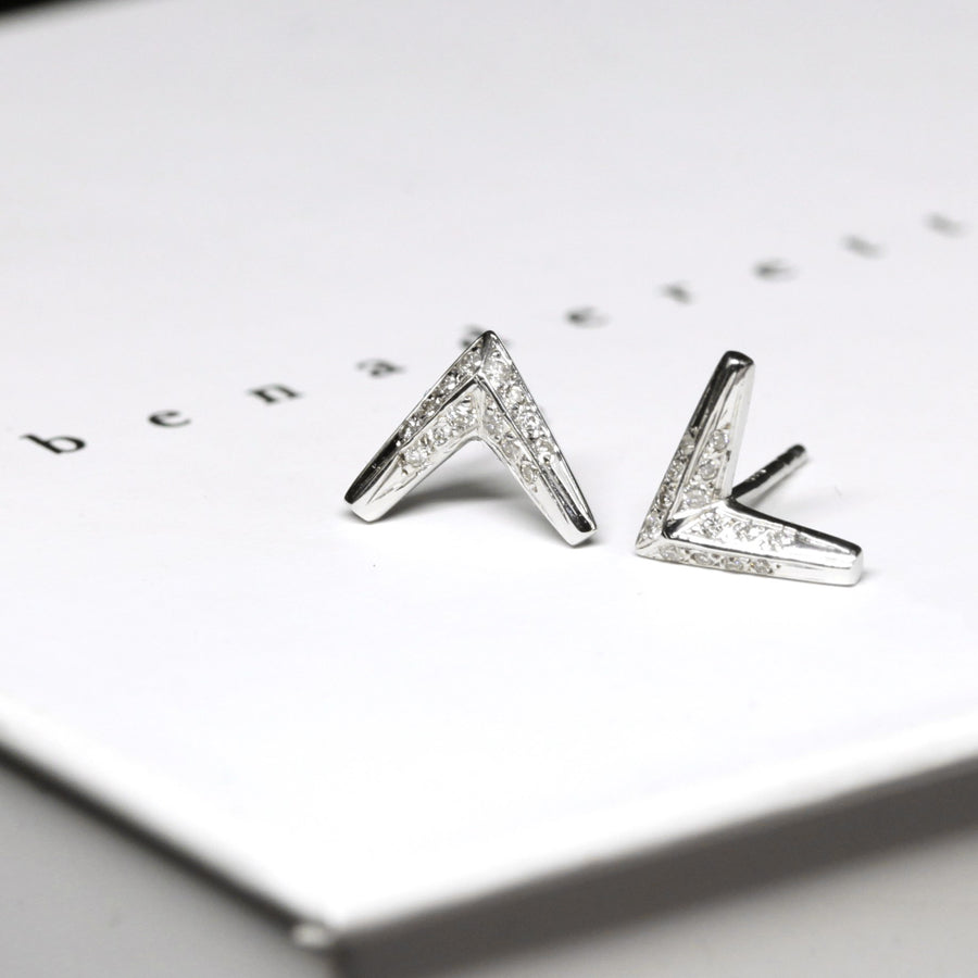 Diamond Arrow White Gold Earrings - 0.09 ct