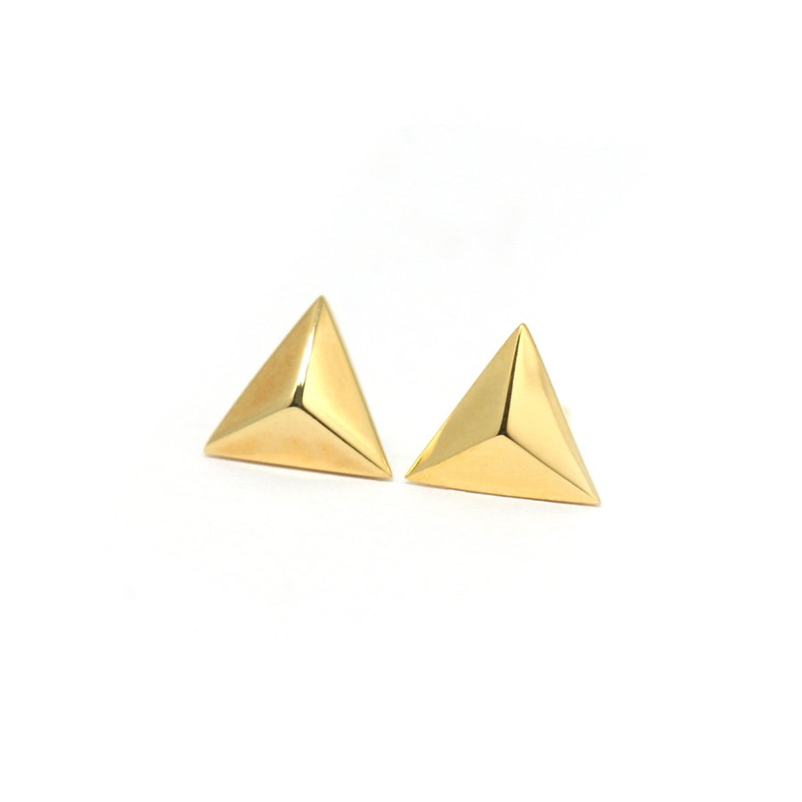 Bena Jewelry vermeil gold stud earrings montreal made in canada minimalist triangle shape pyramidal earrings silver yellow gold plated in montreal local made