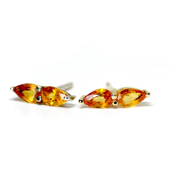 Orange Double Pear Sapphire 18 kt Yellow Gold Stud Earrings