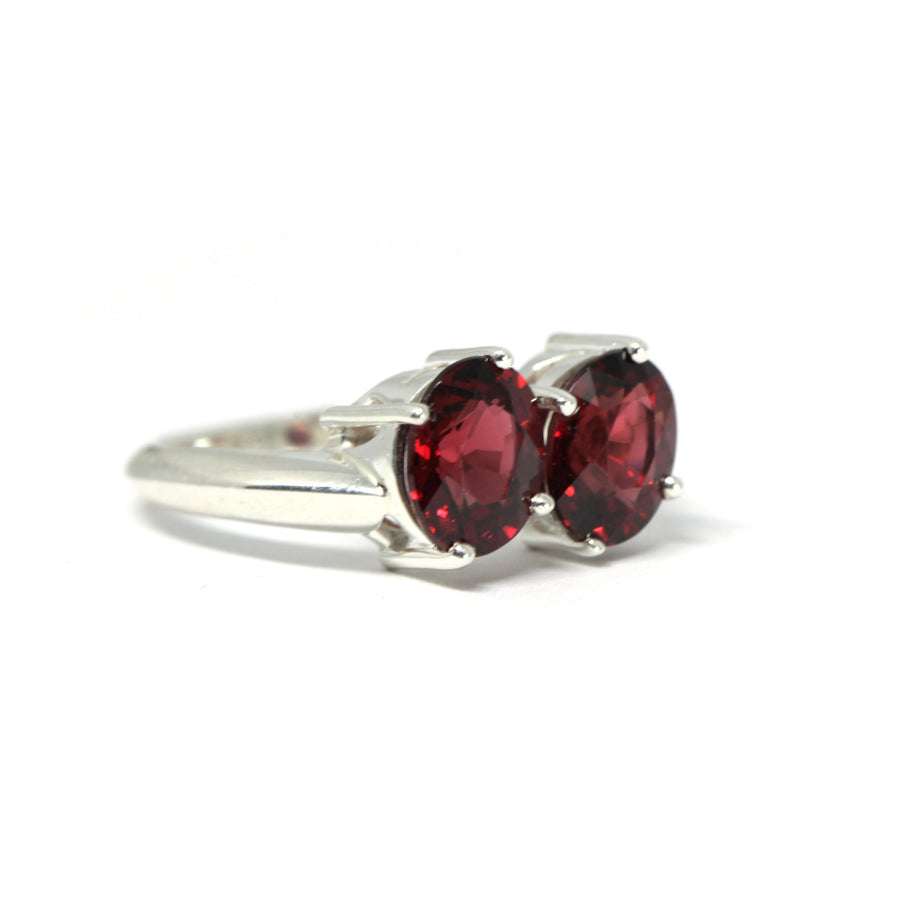 Pyrope Double Oval Silver Ring