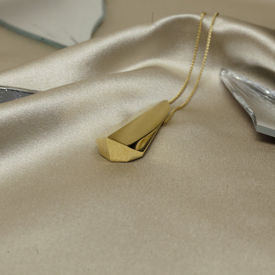 Statement gold plated pendant silver fine jewelry modern design