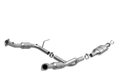 MagnaFlow 458028 - OBDII Direct Fit Catalytic Converter