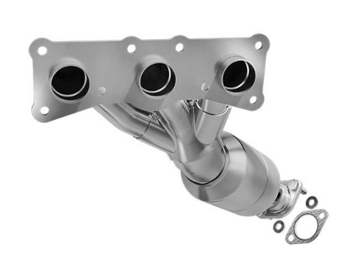 MagnaFlow 51226 - OEM Grade Stainless Steel Exhaust Manifold with Integrated Catalytic Converter