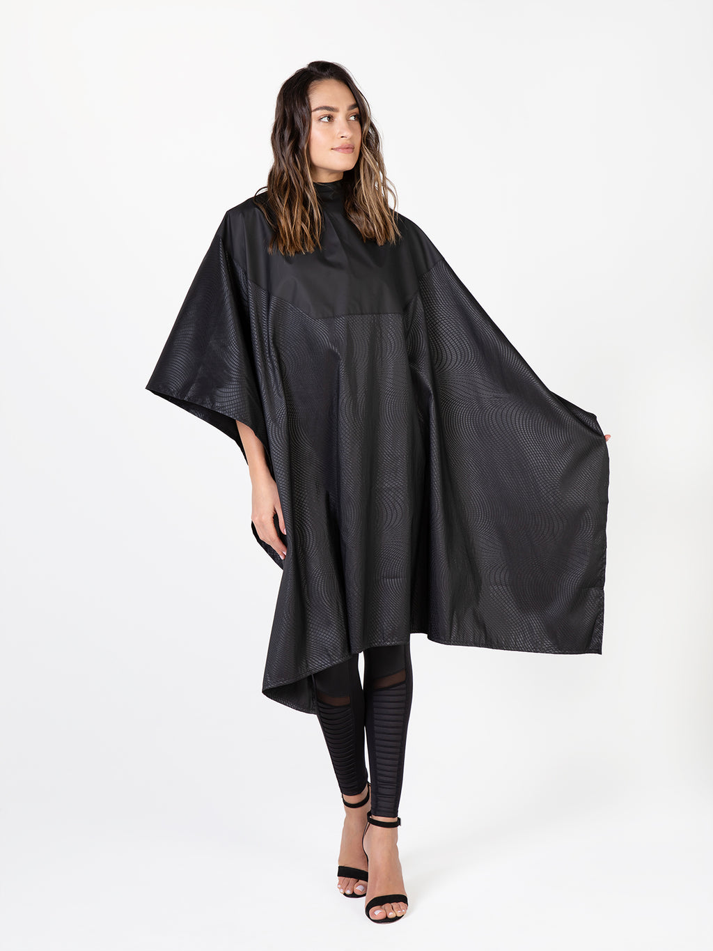 Cosmix Chemical Cape, Bleach-Proof Cape for Salons Betty Dain