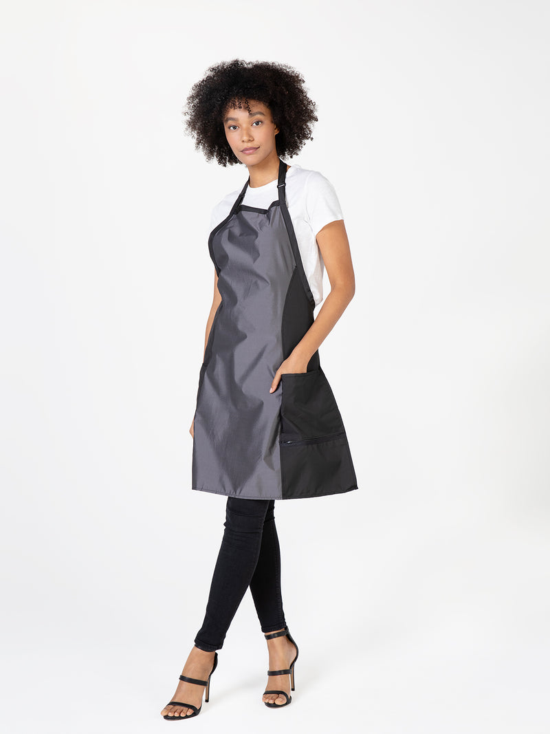 BLEACH-PROOF HOURGLASS APRON