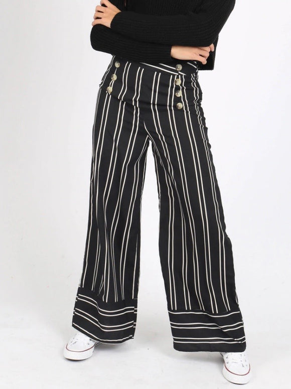 Wide Legged Stripe Pants