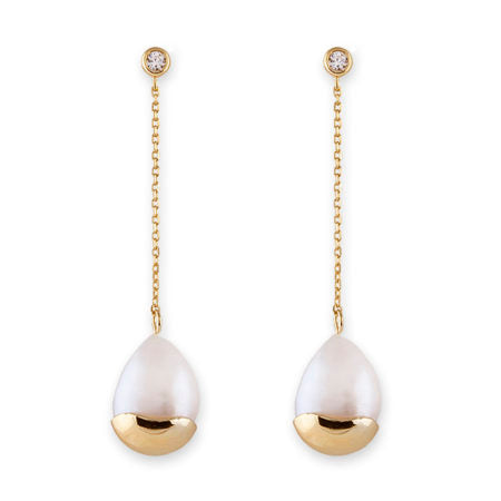 GOLD LARGE FRESHWATER PEARL WITH CAP & CZ CHAIN EARRINGS