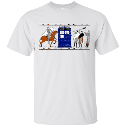 Nocens Lupus Tardis in the Bayeux Tapestry T-Shirt