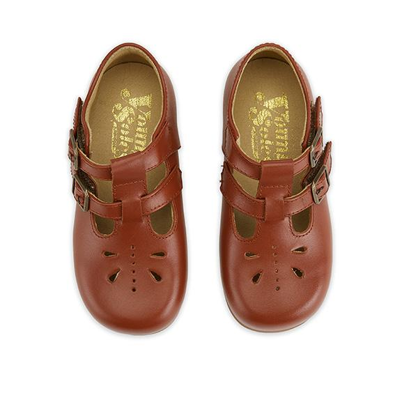 Youngsoles :: Lucy Cognac
