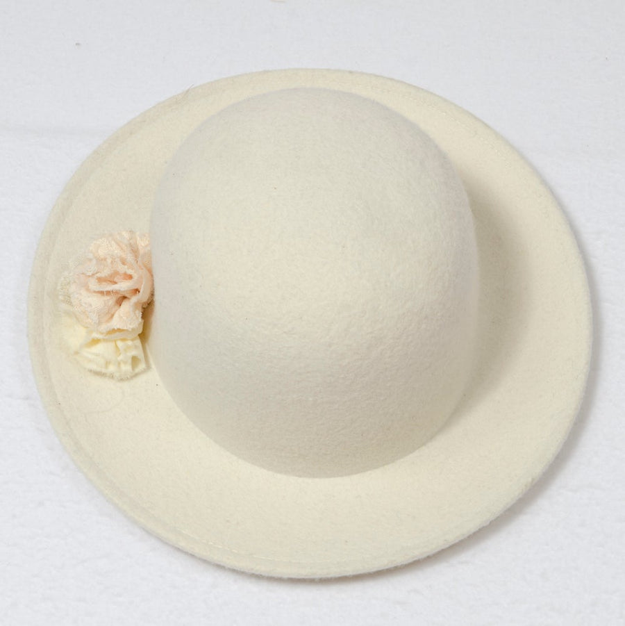Frou Frou :: Hat Off White With Snow Flower