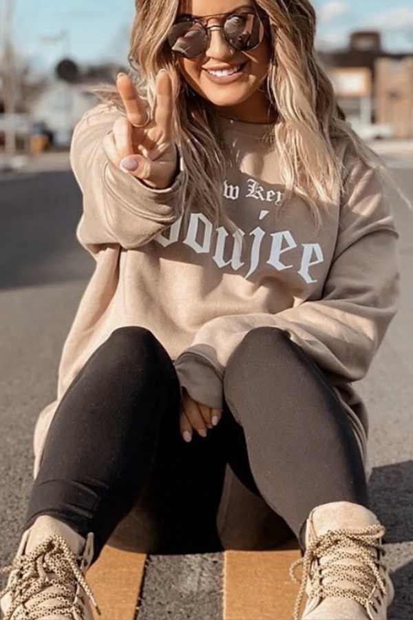 LA Trading Co CREWNECK Low Key Boujee  - The Sweat Store