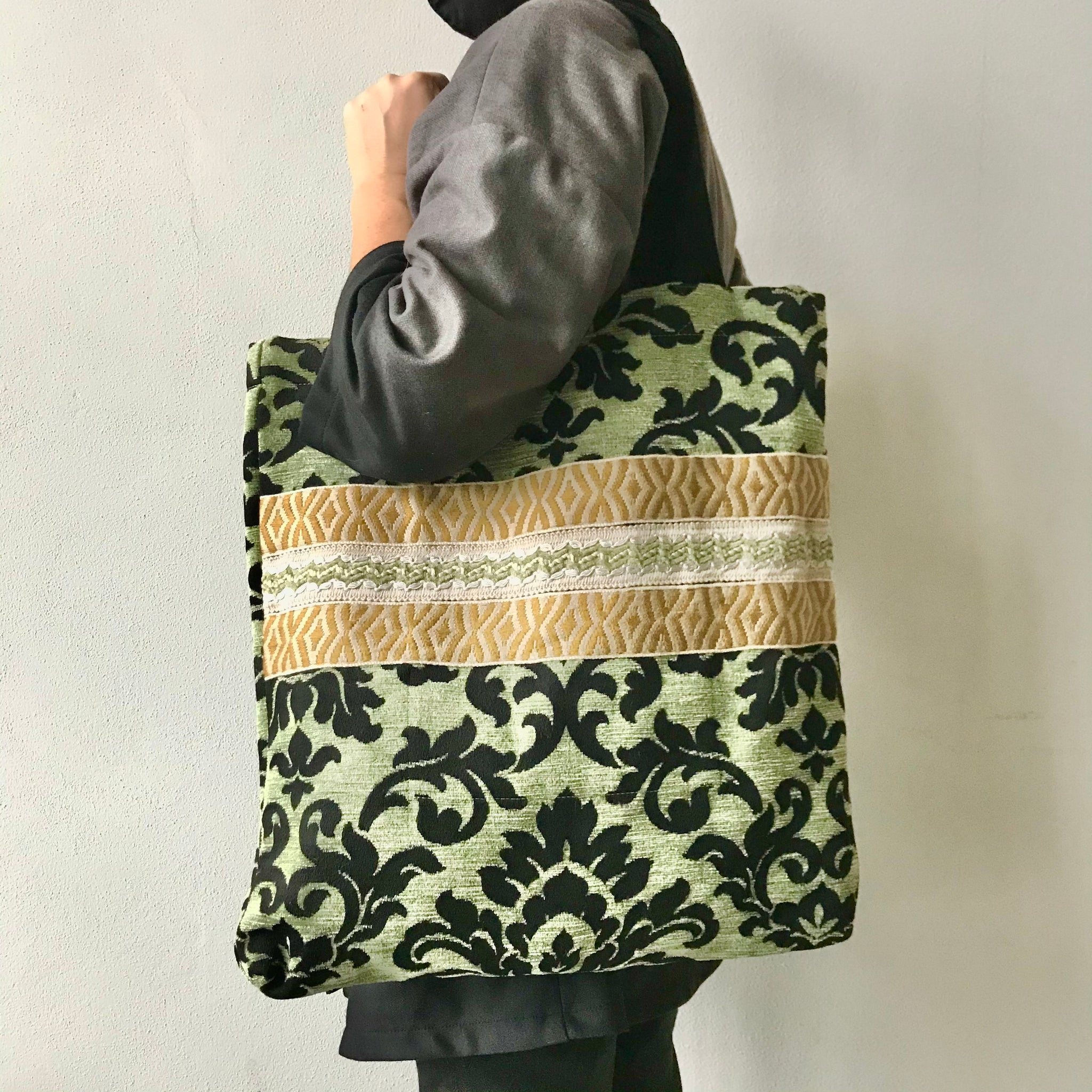 Bag ORNAMENT - green/black
