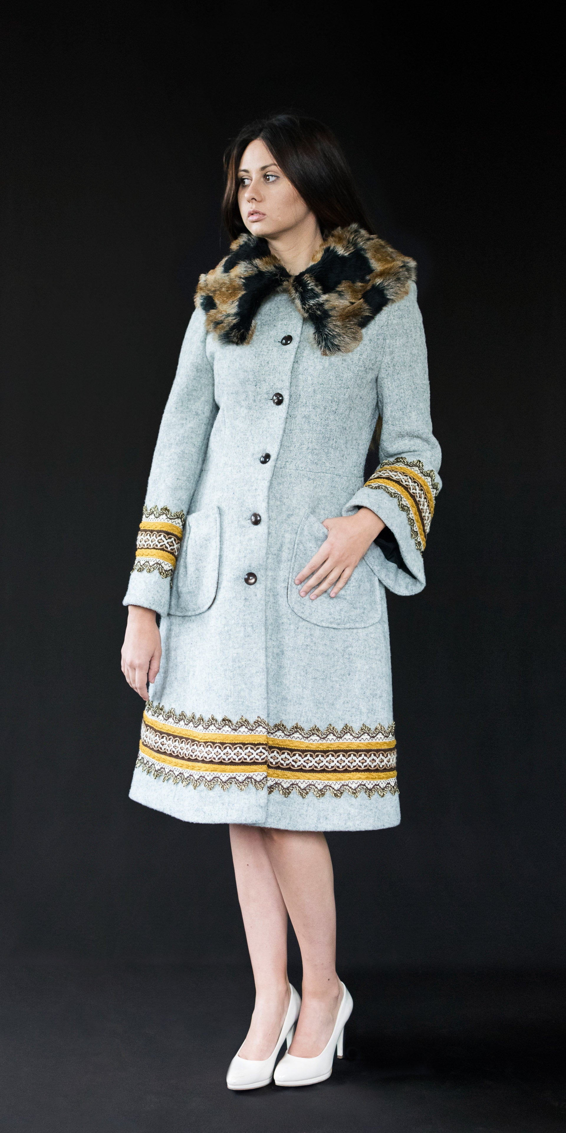 Coat light grey (wool + vintage ribbons)