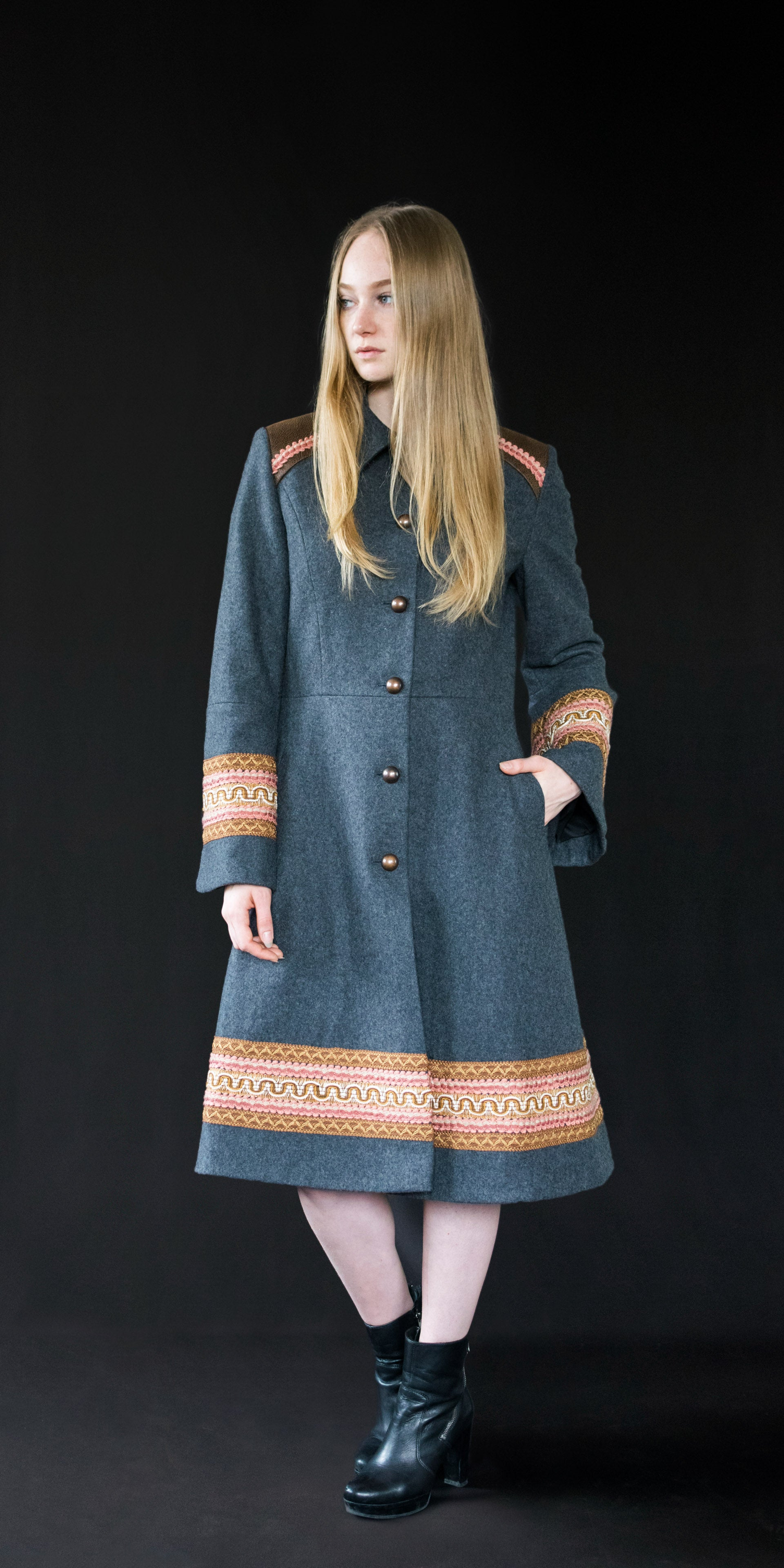 Coat grey (wool + vintage ribbons)