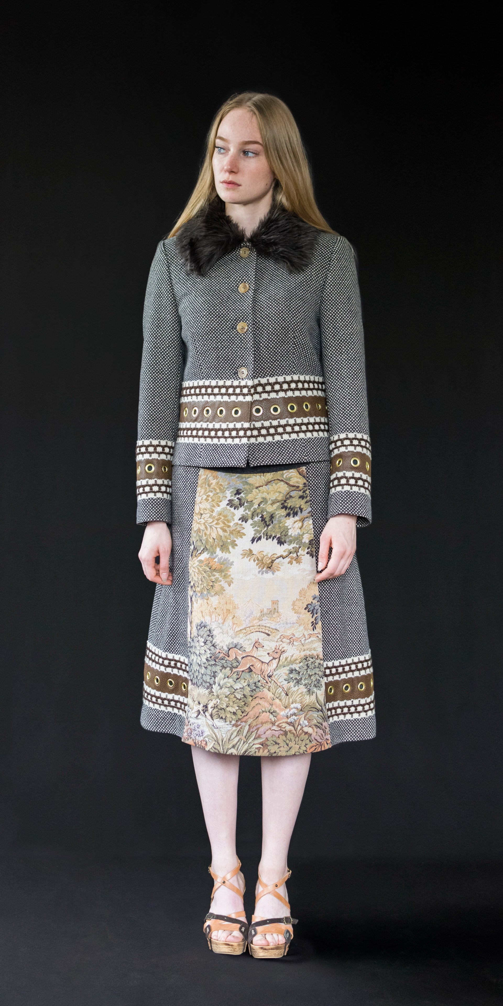Skirt brown (wool + vintage tapestry)