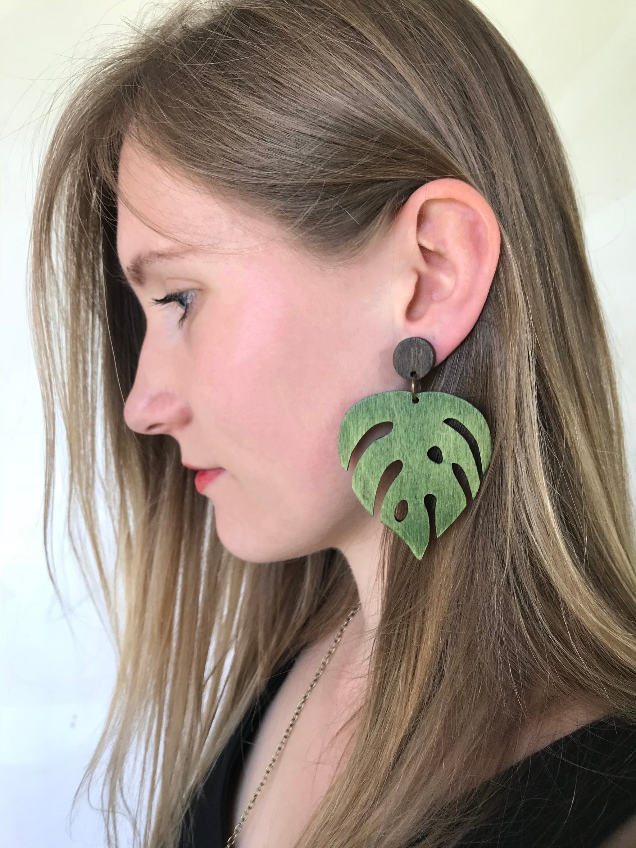 Earrings - Large Monstera (green)