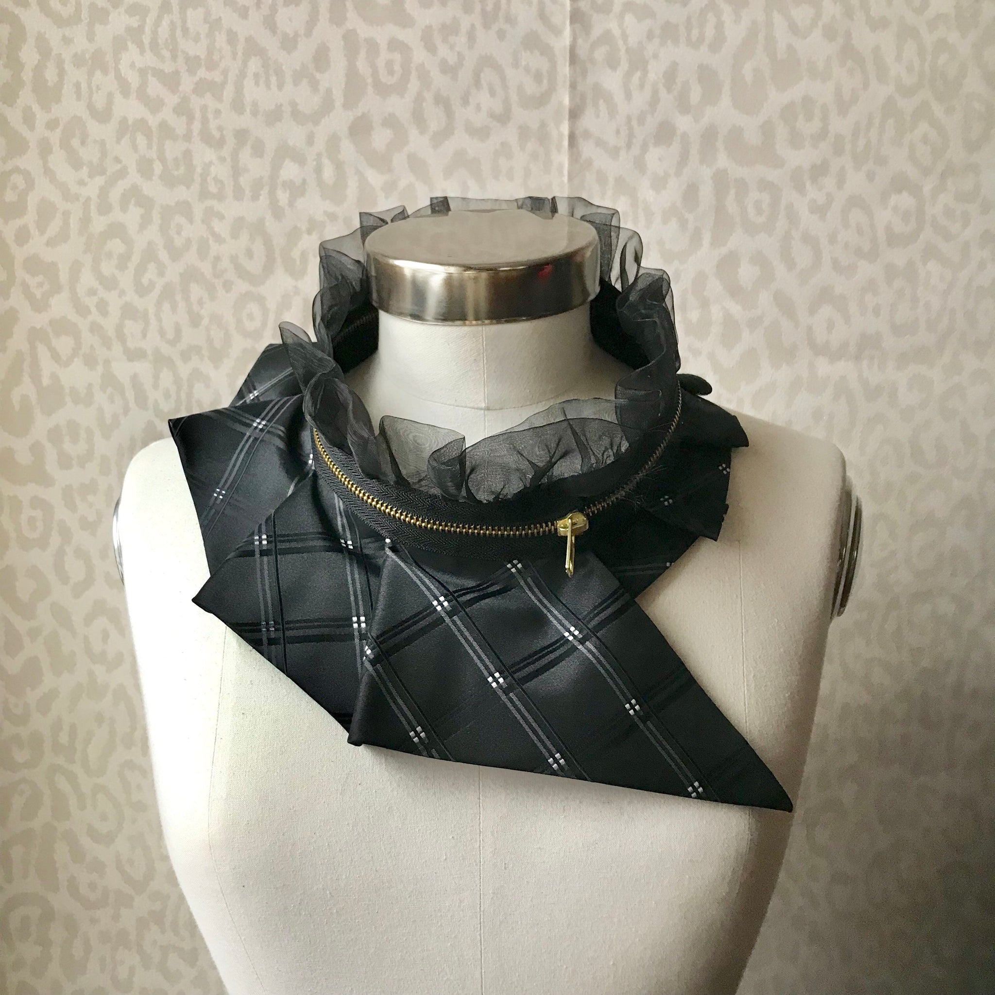 Zipper collar necklace #286