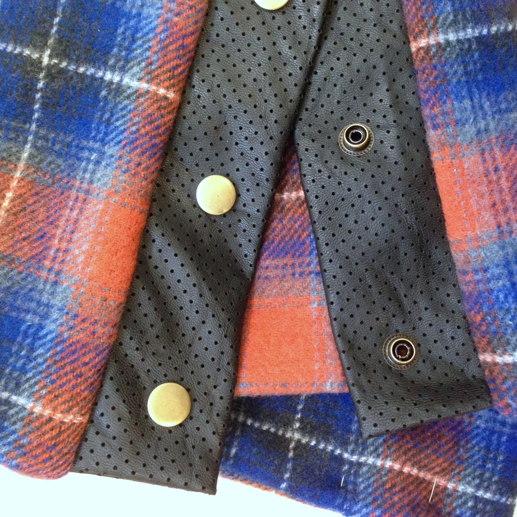Snap scarf - plaid wool flannel